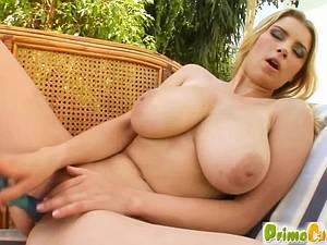 Katarina Dubrova is a tit lover's dream
